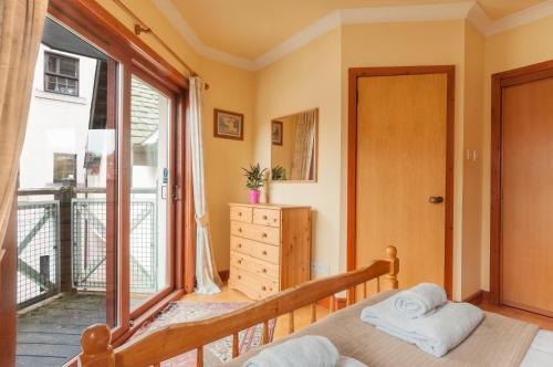 Lovely 2 bed in Dean Village with Private Parking photo 33