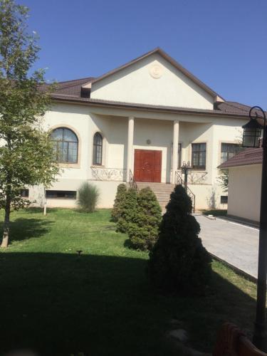 Guesthouse on Qaziyev 121, Shymkent