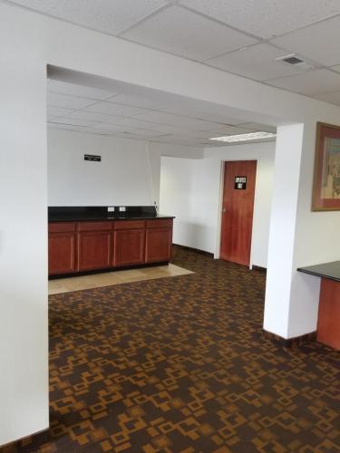 Vista Inn - Pueblo, CO 81008