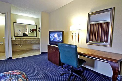 Motel 6 Washington DC Convention Center - Washington, DC