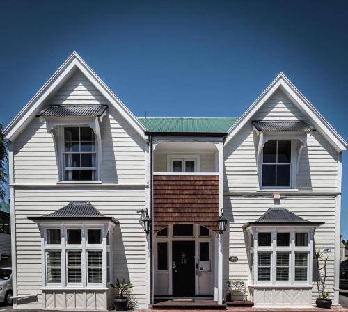 The Grange B&B - Accommodation - Christchurch