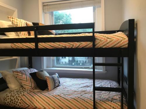Luxurious 3br Home In Truxton DC - Washington, DC 20001