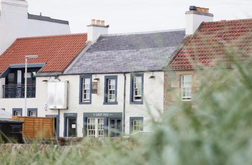 The Toft, Elie, Leven, Fife KY9 1DT, Scotland.