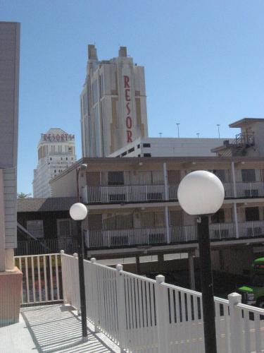 Knights Inn Atlantic City - Atlantic City, NJ 08401