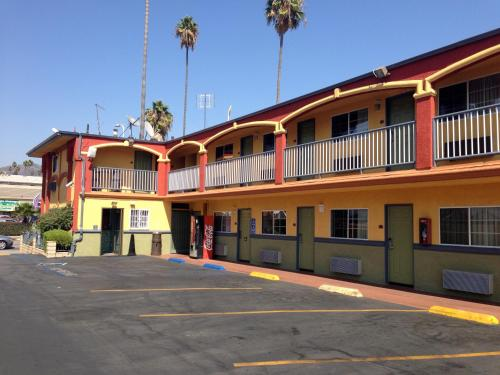 Economy Inn Hollywood - Los Angeles, CA CA 90027
