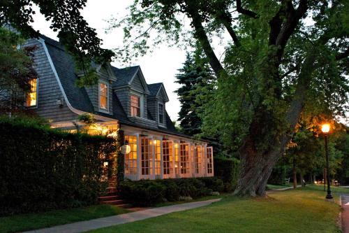 Mill House Inn - Accommodation - East Hampton