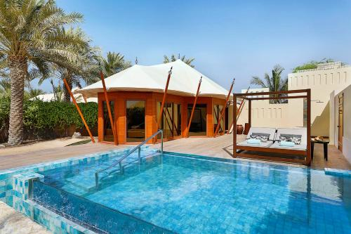Photo - The Ritz-Carlton Ras Al Khaimah, Al Hamra Beach