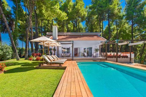 . The White Villa at Sani