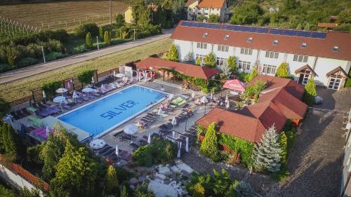. Hotel Silver