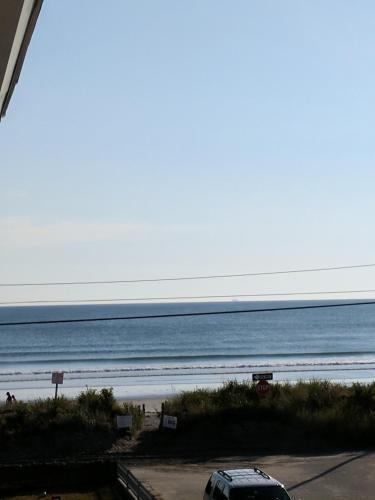 Modern Suites @ Nantasket Beach
