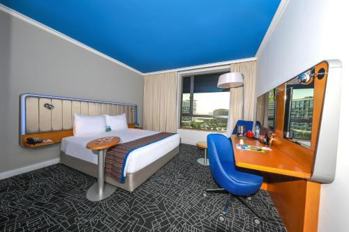 Park Inn by Radisson Abu Dhabi Yas Island photo 10