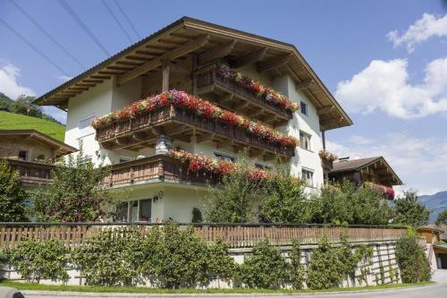 Ferienwohnungen Kainer - Apartment - Ried im Zillertal