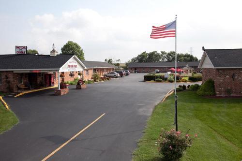 Weathervane Motor Court - Ronks, PA 17572