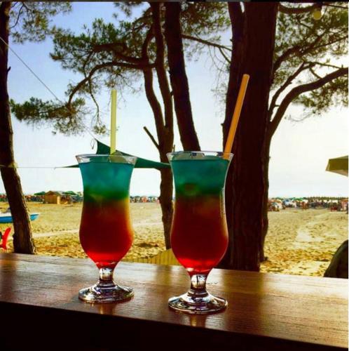 Фото отеля Sandy Beach Resort