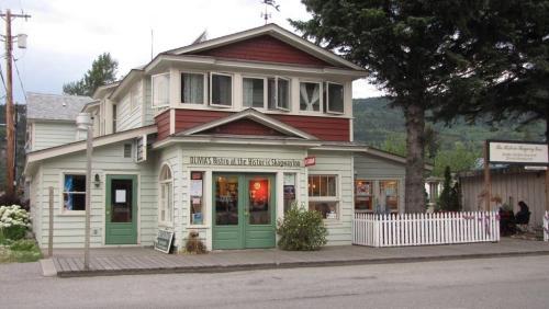 . Historic Skagway Inn