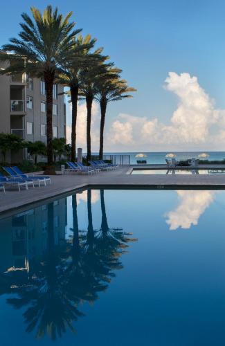 1901 Gulf Shore Blvd N, Naples, Florida 34102, United States.