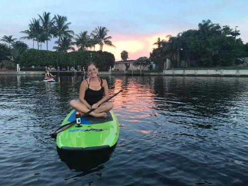 Waterfront   Pool   Paddleboards   Tiki Hut - Hollywood, FL 33020