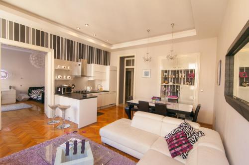 Apartman Luni Rijeka - Apartment