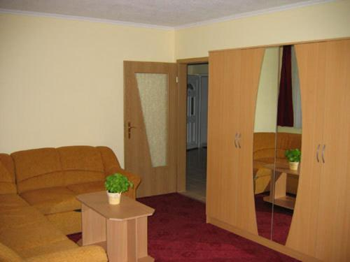 Apartma z 2 spalnicama (4 odrasli) (Two-Bedroom Apartment (4 Adults))