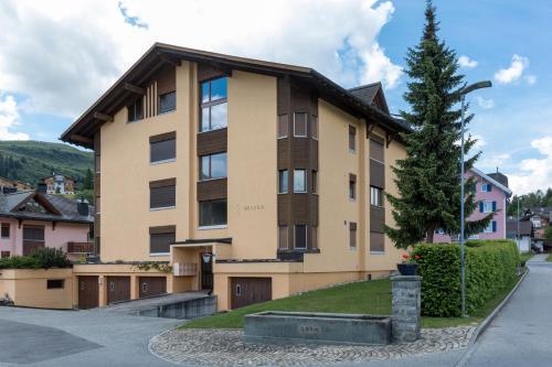 Apartment Haus Arnika - Obersaxen