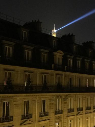 Champs Elysees Executive Apartment photo 31