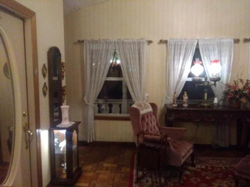 Victorian Inn - Cleveland, OK 74020