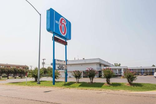 Motel 6-West Memphis, AR