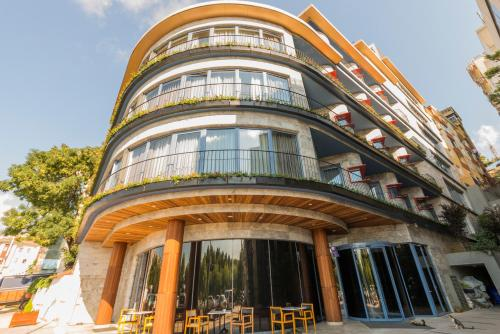 Istanbul Golden Horn Apartments phone number