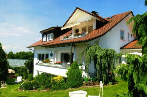 . BodenSEE Apartment Meckenbeuren Im Saendler