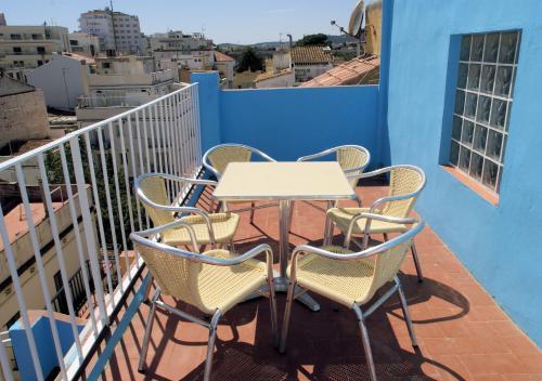 Parrots Sitges Hotel photo 16