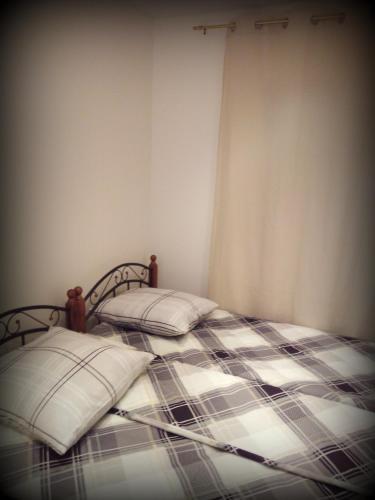 Hostel 42 - image 5