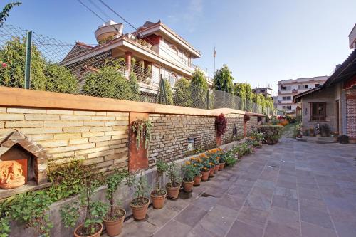 Vardan Resort n' Apartment - Pokhara