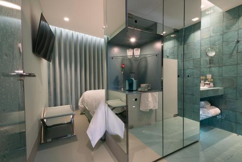 WC by The Beautique Hotels photo 2