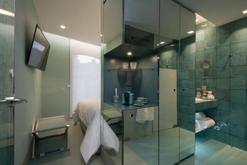 WC by The Beautique Hotels photo 3