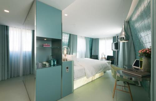WC by The Beautique Hotels photo 8