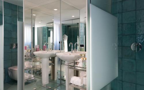 WC by The Beautique Hotels photo 10