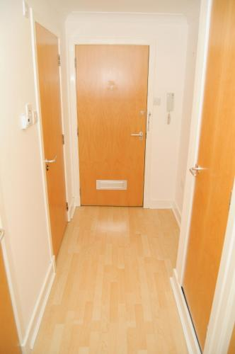 Bath Street Apartment