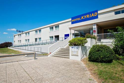 Kyriad Nemours - Hôtel - Nemours