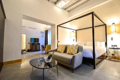Junior Suite with Terrace Legado Alcazar 53