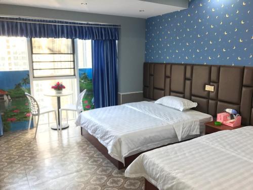 . Changde Bluesky Hotel