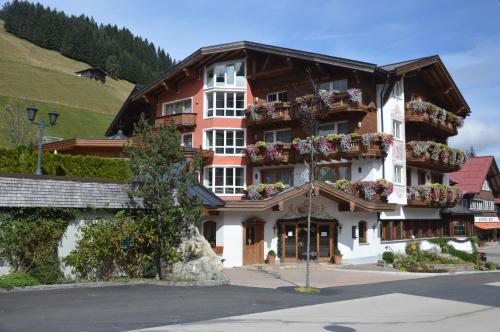 Hotel Garni Alpenstüble - Mittelberg