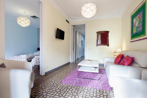 Apartments Barcelona & Home Deco Eixample photo 23