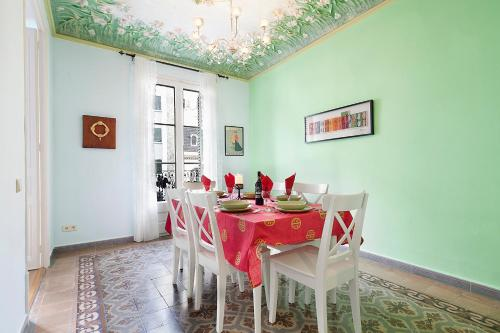 Apartments Barcelona & Home Deco Eixample photo 15