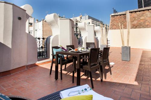 Apartments Barcelona & Home Deco Eixample photo 2