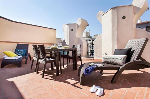 Apartments Barcelona & Home Deco Eixample photo 4