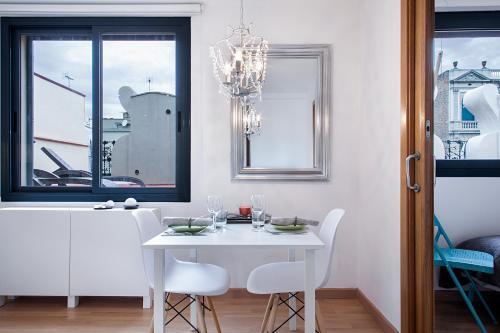Apartments Barcelona & Home Deco Eixample photo 10