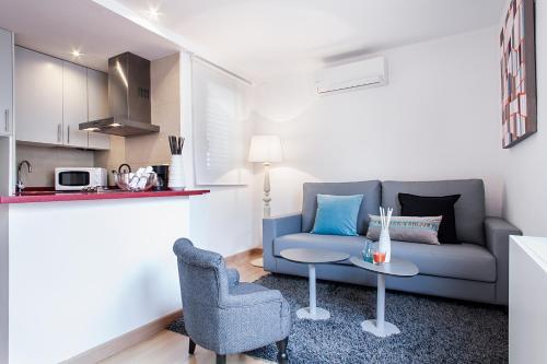 Apartments Barcelona & Home Deco Eixample photo 12