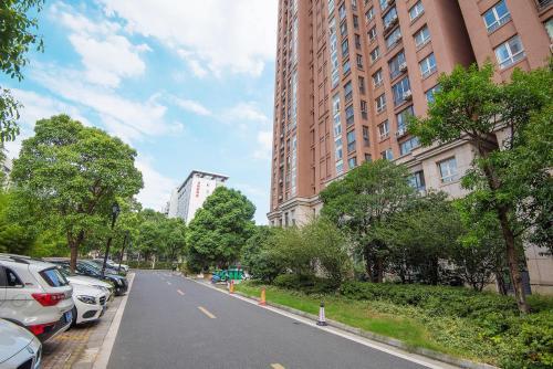 Zhongyang Jingcheng Service Apartment photo 20