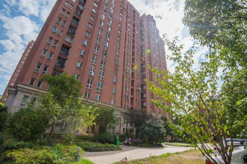 Zhongyang Jingcheng Service Apartment photo 24