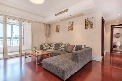 Zhongyang Jingcheng Service Apartment impression
